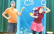 otroške gledališke prireditve predstave - Prvič v šolo