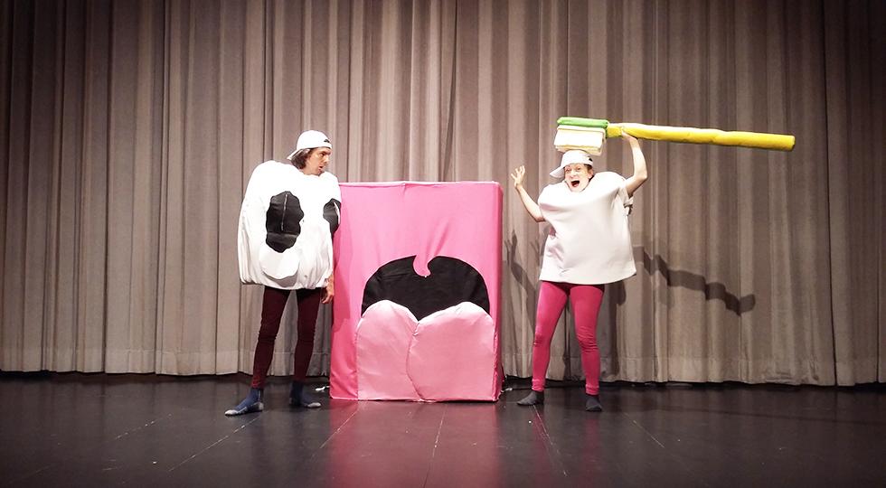 Predstava - Gnilko in Zdravko